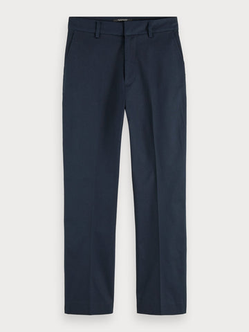 Abott | Mid-rise regular fit chino in Night