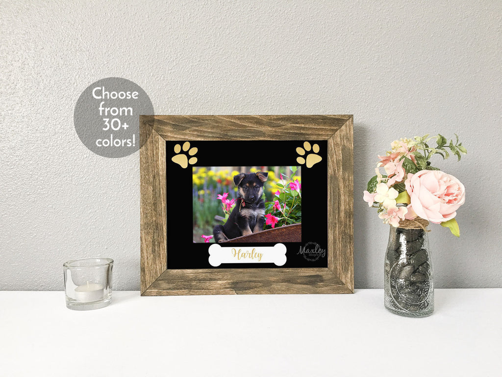Personalized Dog's Name with Bone and Paw Prints, Black Photo Mat