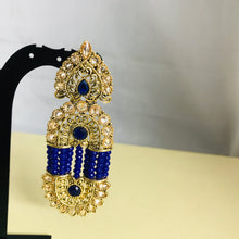 Load image into Gallery viewer, Gold blue bead strand earrings