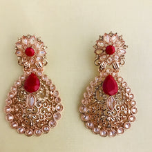 Load image into Gallery viewer, Rose gold and red necklace earrings tikka set