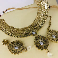 Load image into Gallery viewer, Antique gold choker necklace earrings tikka set