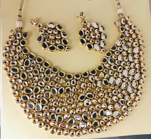 Gold kundan necklace and earrings set traditional bridal jewellery