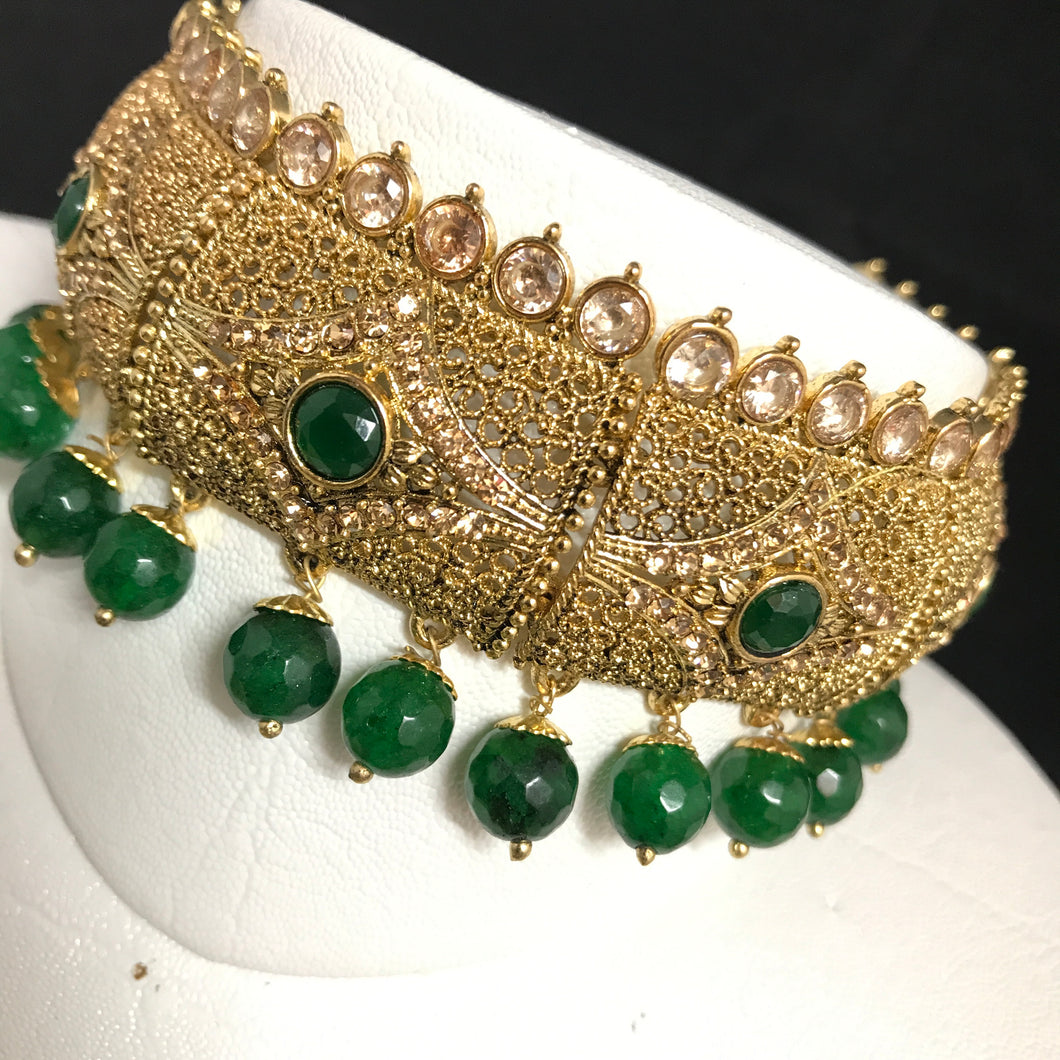 Green choker necklace earrings tikka set