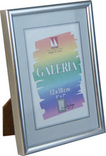 "Galeria plastic photo frame 13x18cm / 7x5"" with 9x13cm / 5x3½"" mat"