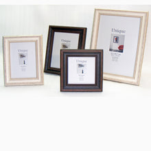 Antique timber photo frame 13x18cm / 7x5""