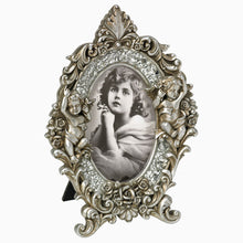 Ornate Baroque style 6x4 photo frames from The Photo Album Shop