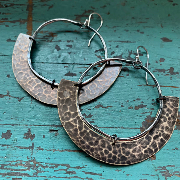Mezzaluna Earrings - Medium silver hoop, thin brass