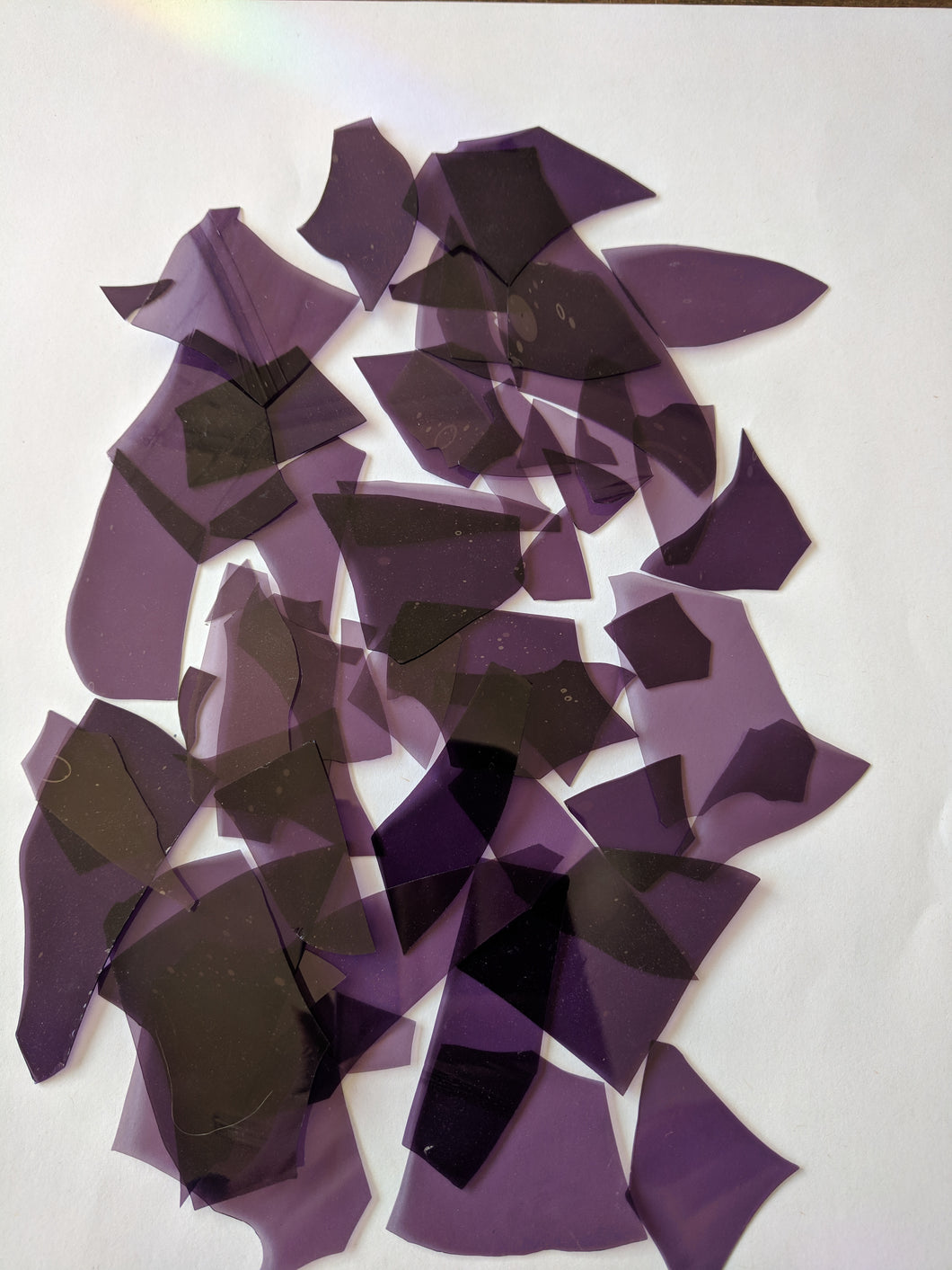 Deep Royal Purple Transparent Confetti, Bullseye Compatible 1 oz coe90 at www.happyglassartsupply.com