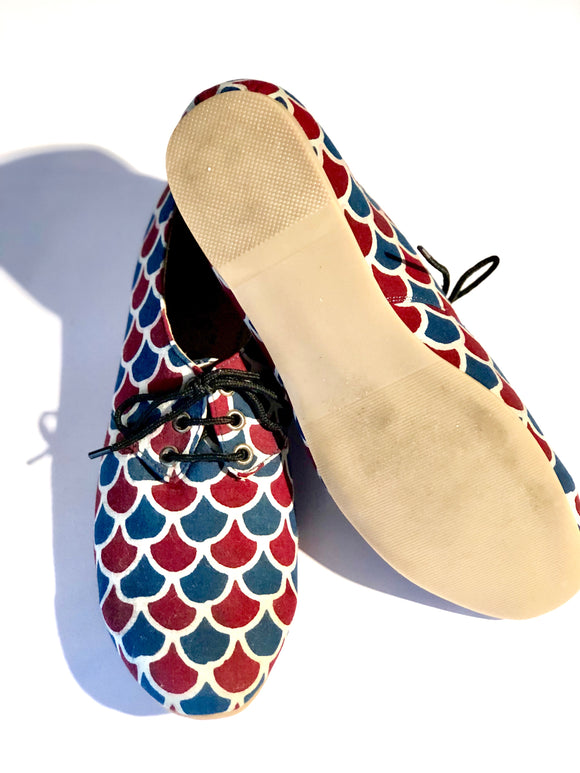 Blue and Red Scallop Oxfords
