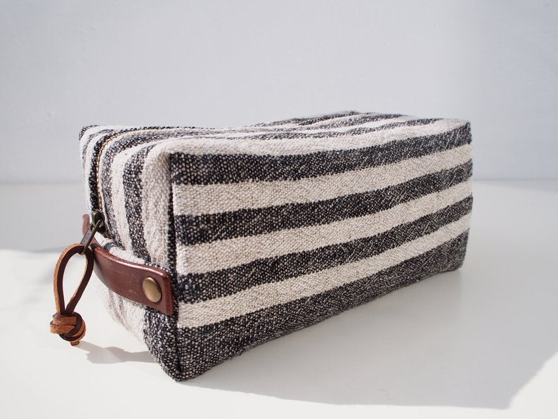 Linen Wash Bag (M) - Black Small Stripe