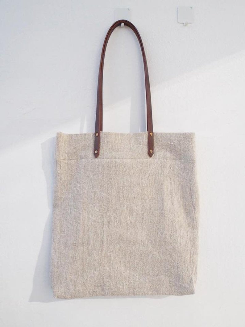 Linen Tote Bag - Plain / Brown Leather Handle