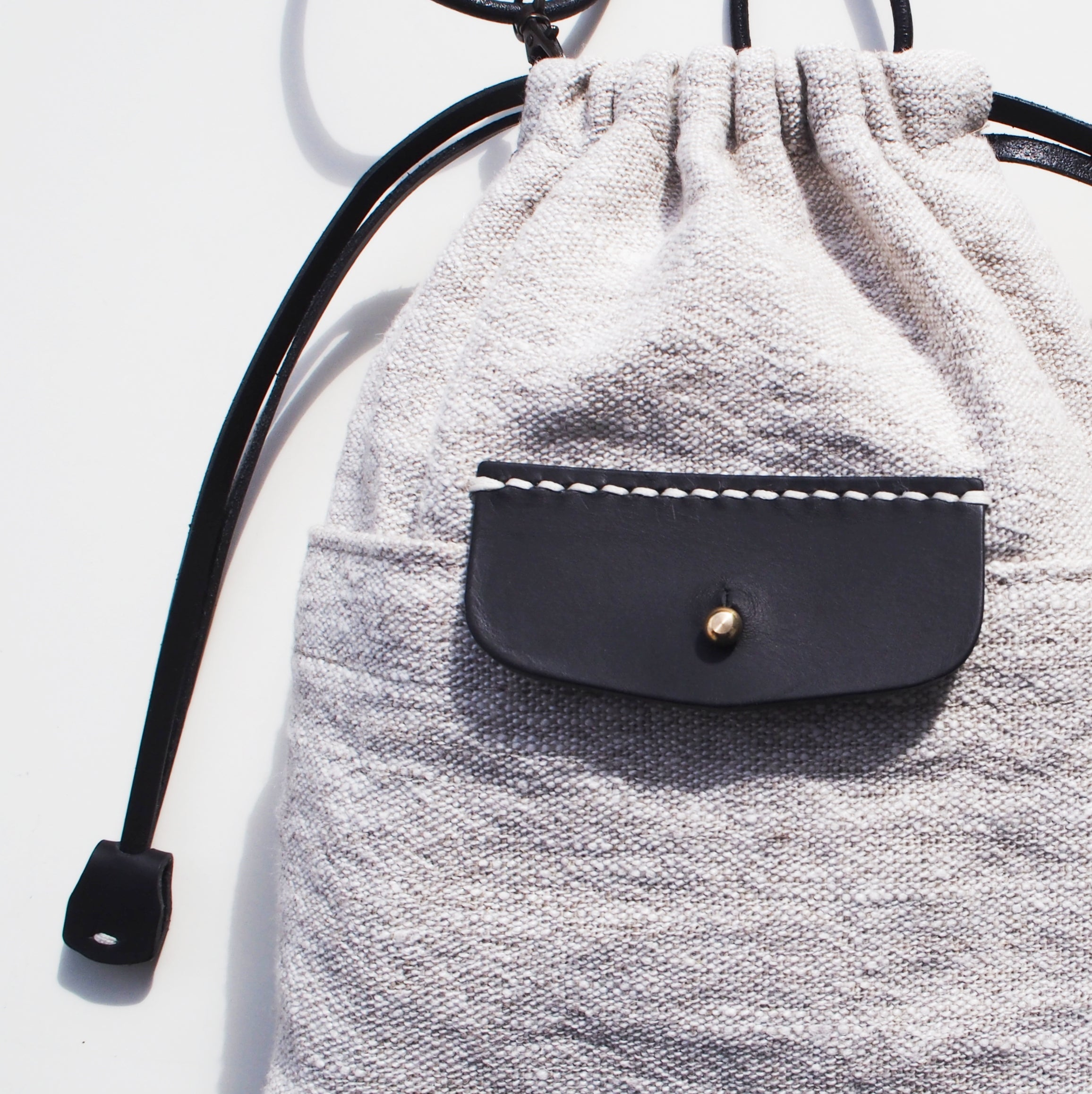 Linen Drawstring Bag / Black