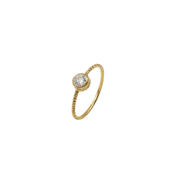 Trendy Solitaire Diamond Gold Ring