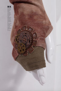Hot and Steamy Steampunk Glove (one glove)