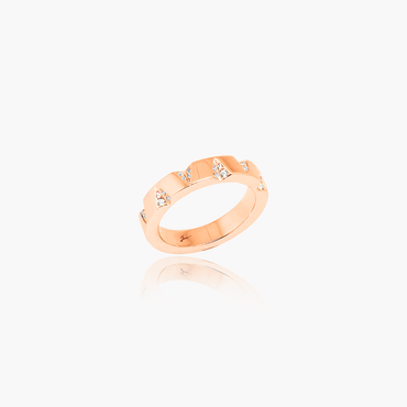 Edgy Facets Wedding Ring<br>(Diamonds, 18K Solid Gold)