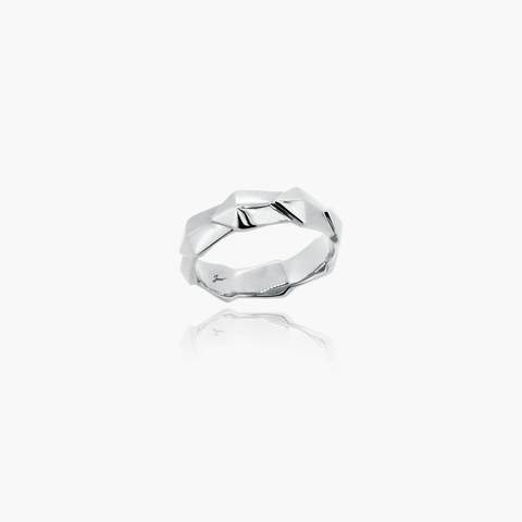 Edgy Icon Wedding Ring<br>(18K Solid Gold)