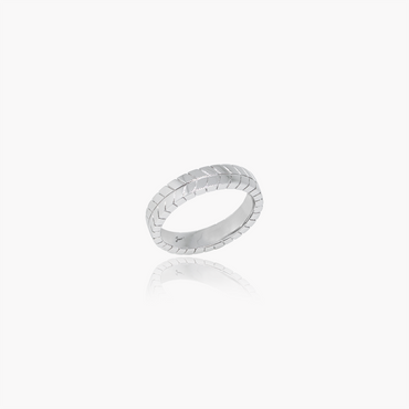 Rockstar Collision Wedding Ring (18K Solid Gold)