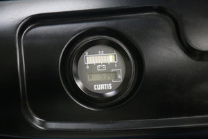 Hour meter and battery state of charge display on an EOSlift electric stacker