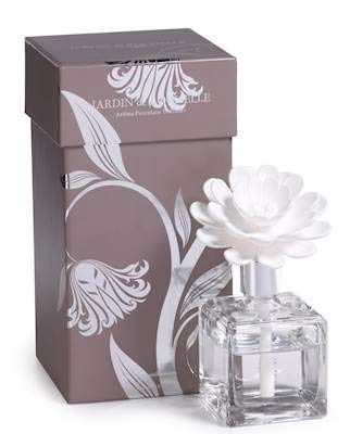 Chrysanthemum Porcelain Room Diffuser - Wilson Lee