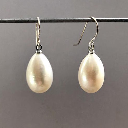 Susan Goodwin E051  PEARL EARRINGS - StudioRA Boutique