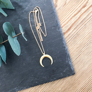 Meg Medium Crescent Necklace