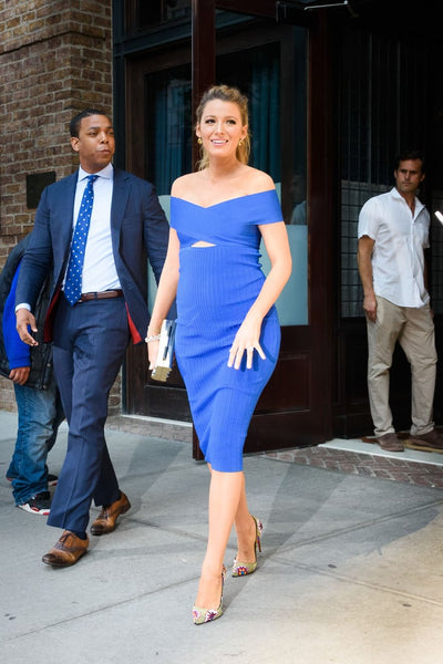 blake lively pregnant blue cut out dress