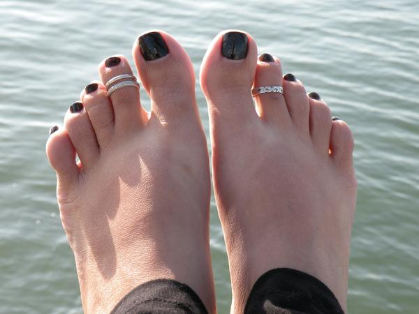 Toe rings on a models toes