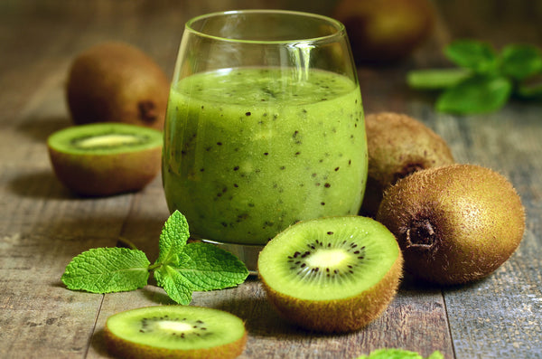 fresh kiwi fruit and juice