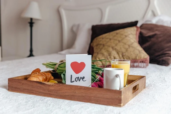 Spoil yourself with breakfast in bed