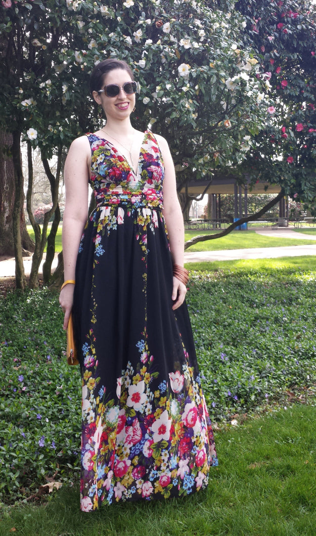 librarian for lifestyle floral dress
