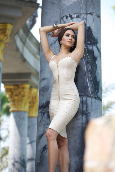 model in front zip bandage dress