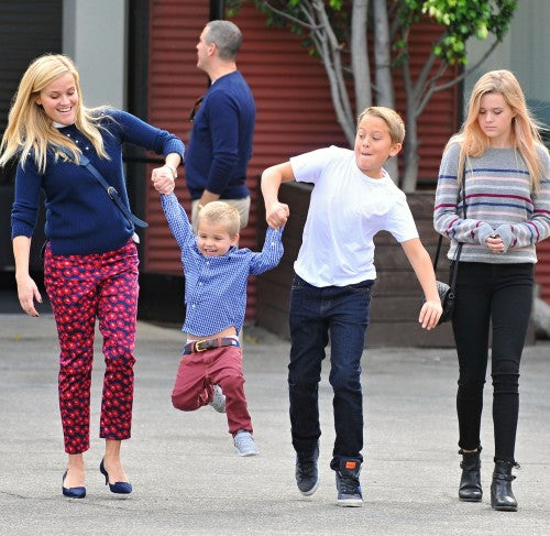 reese witherspoon as a mother