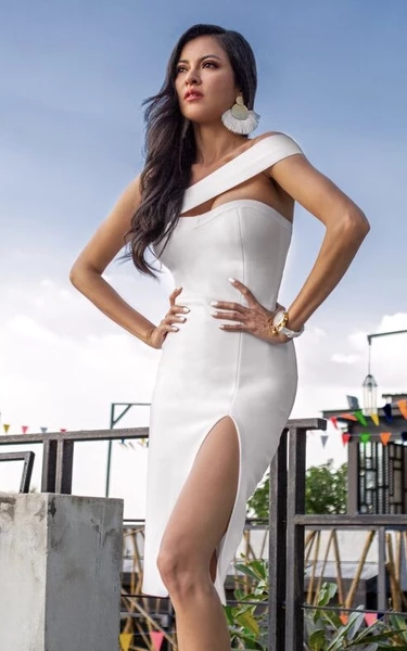 white asymmetrical bandage bodycon dress