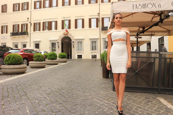 2019 year lifestyle- How to white a wear party dress