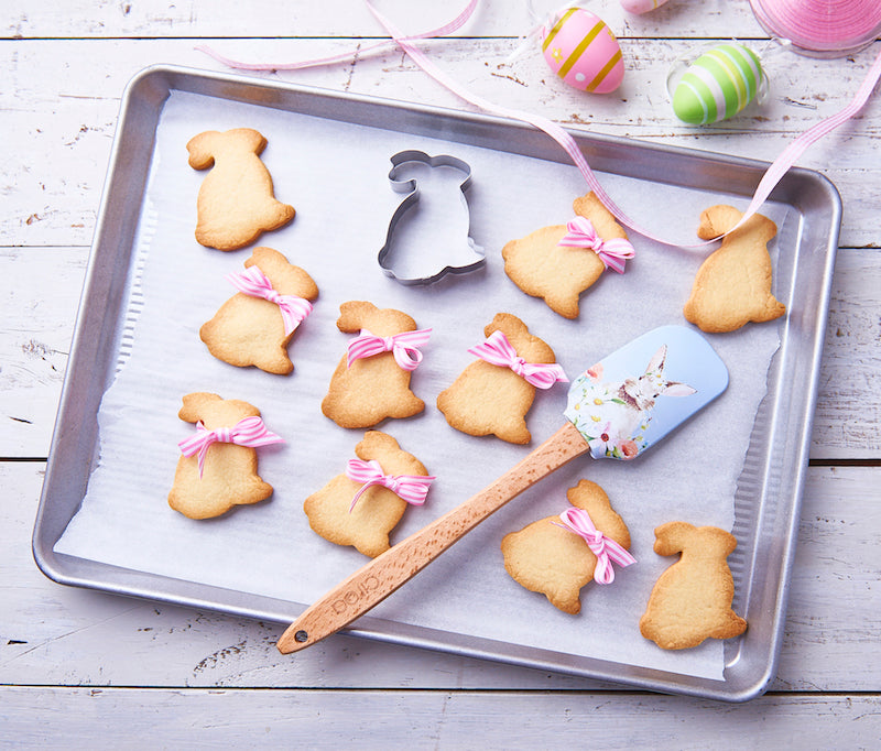 Our Easter bunny cookie recipe - it's EAResistable