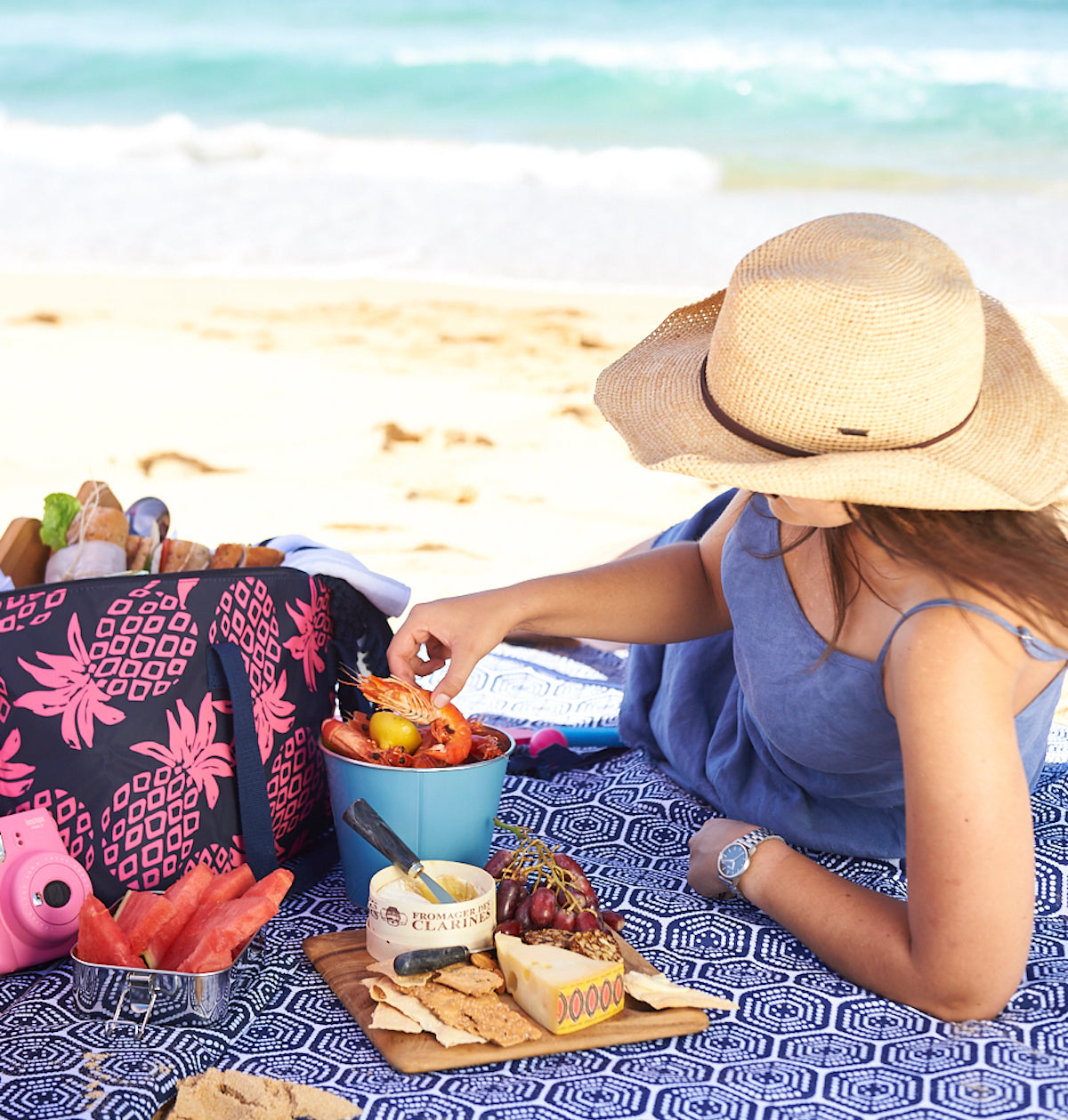 beach picnic cheese board