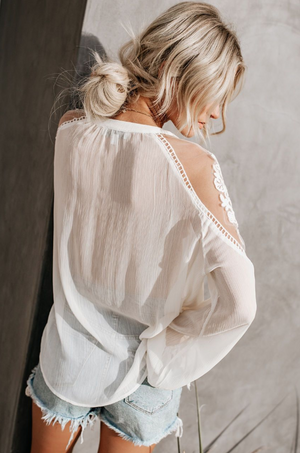 Pure color chiffon  lace shirt