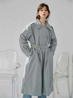 Simple single-breasted vintage trench coat