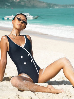 Double-breasted sexy halter black swimsuit
