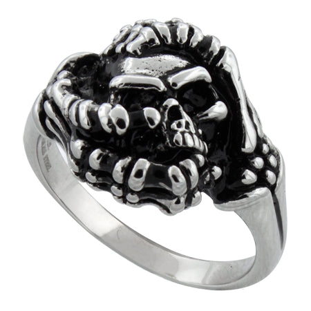 products/ladies-stainless-steel-holding-skull-ring-24.jpg