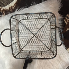 Load image into Gallery viewer, Chicken wire basket