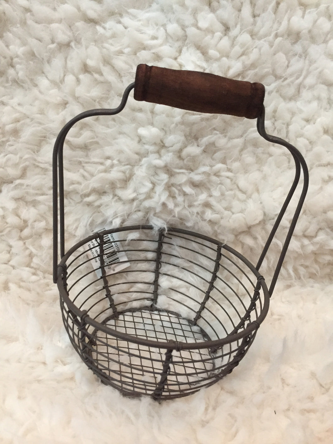Top handle small wire basket