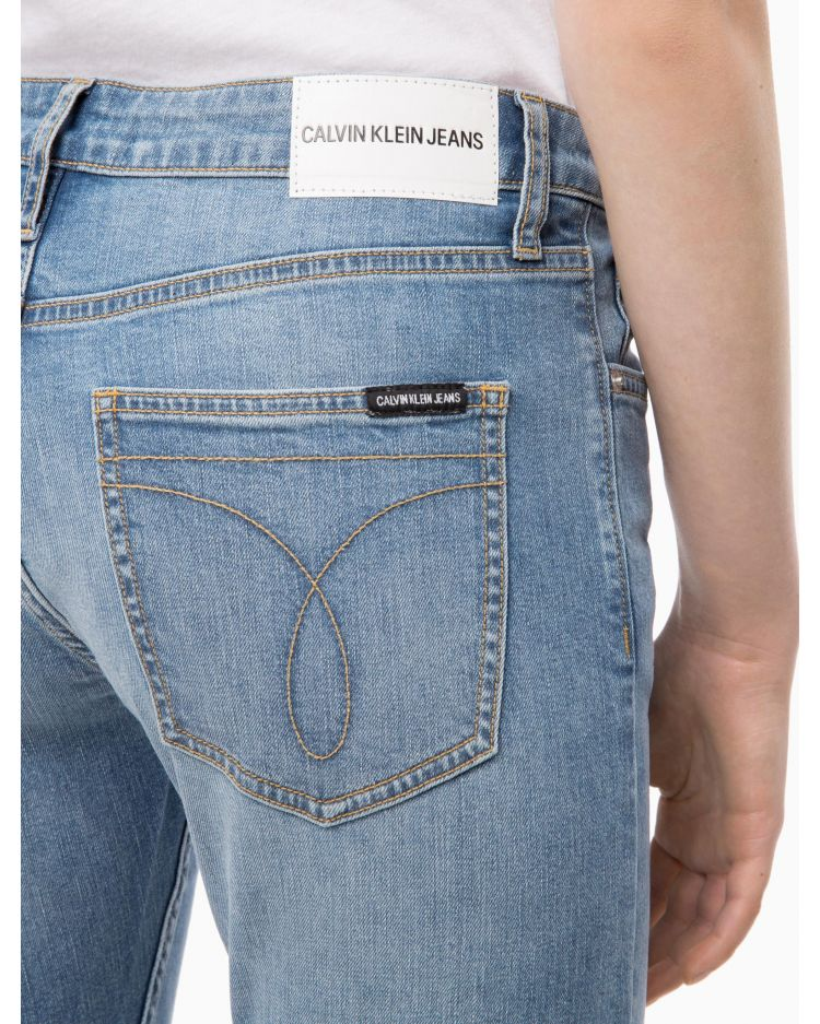 Calvin Klein Jeans Mid Rise Slim Stretch Jeans  - Size 28/32