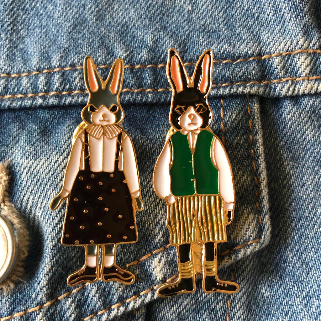 Mrs Rabbit -Enamel Pin