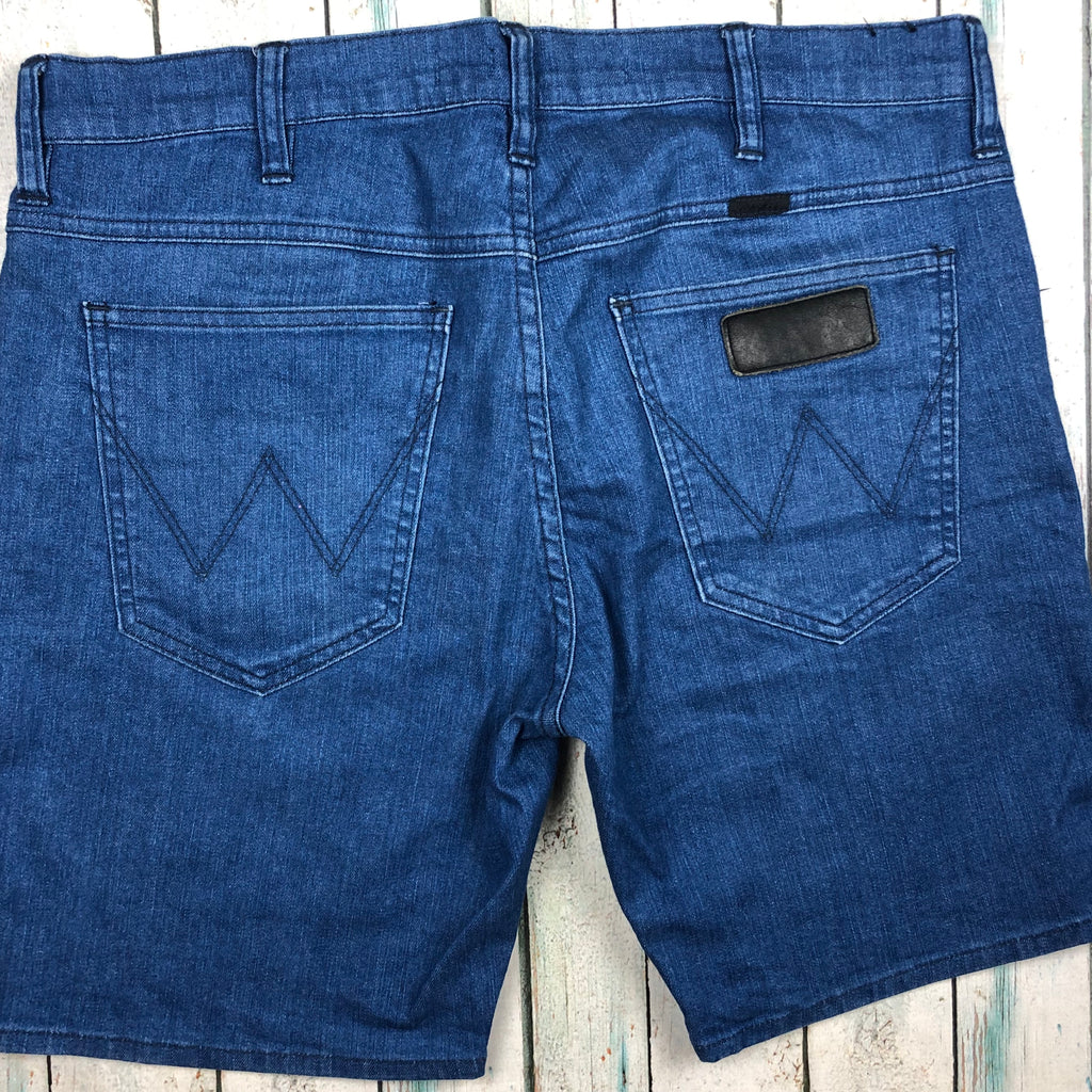 Wrangler Cigarette Stretch Denim Shorts - Size 34