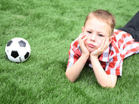 Does artificial turf cause skin allergies?