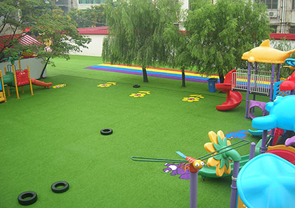 artificial turf rubber particles role