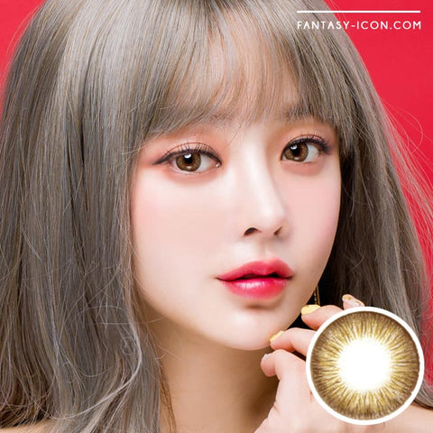 Rose Artric Brown 1 Day Colored Contacts-Model