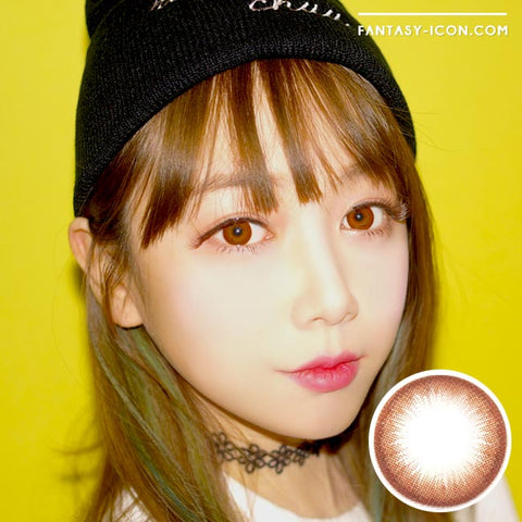 Brownie Brown Colored Contacts model