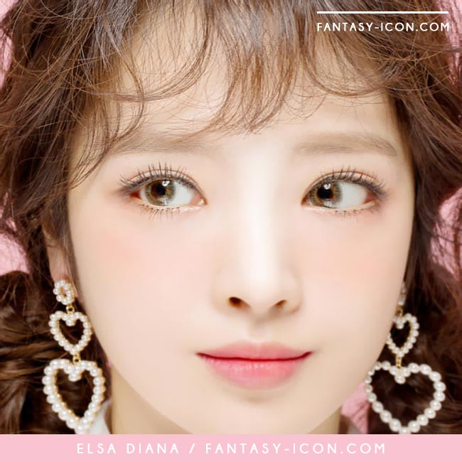 Toric Colored Contacts for Astigmatism - Elsa Diana Grey 3